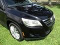 Volkswagen Tiguan Wolfsburg Edition Deep Black Metallic photo #26