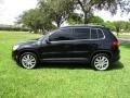 Volkswagen Tiguan Wolfsburg Edition Deep Black Metallic photo #31
