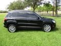 Volkswagen Tiguan Wolfsburg Edition Deep Black Metallic photo #63