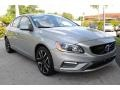 Volvo S60 T5 Dynamic Electric Silver Metallic photo #2