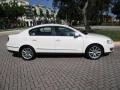 Volkswagen Passat Komfort Sedan Candy White photo #11
