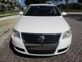 Volkswagen Passat Komfort Sedan Candy White photo #15