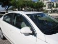 Volkswagen Passat Komfort Sedan Candy White photo #61