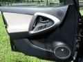 Toyota RAV4 Limited Black photo #69