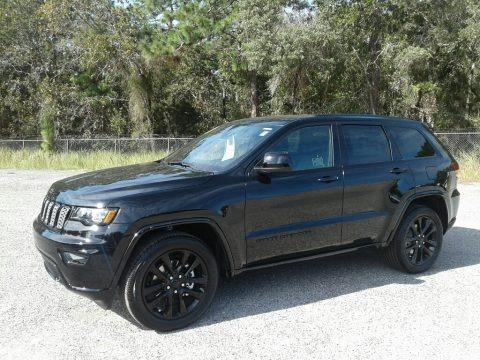 Diamond Black Crystal Pearl 2019 Jeep Grand Cherokee Altitude