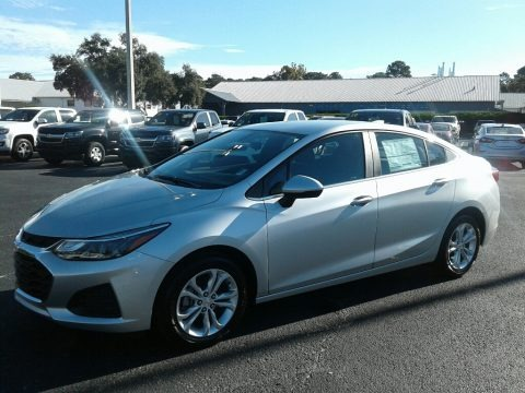 Silver Ice Metallic 2019 Chevrolet Cruze LT