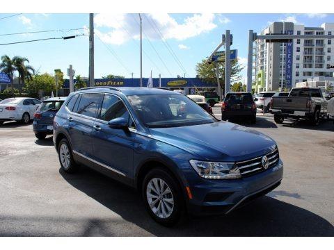 Silk Blue Metallic 2018 Volkswagen Tiguan SE