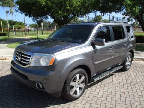 Polished Metal Metallic 2013 Honda Pilot Touring