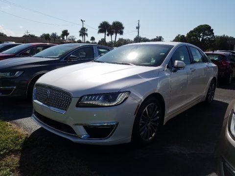 White Platinum 2019 Lincoln MKZ Hybrid Reserve I