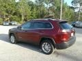 Jeep Cherokee Latitude Velvet Red Pearl photo #3