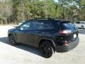Jeep Cherokee Latitude Plus Diamond Black Crystal Pearl photo #3