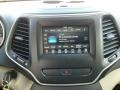 Jeep Cherokee Latitude Diamond Black Crystal Pearl photo #15