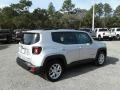 Jeep Renegade Latitude Glacier Metallic photo #5