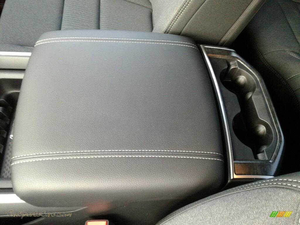 2019 1500 Big Horn Quad Cab - Maximum Steel Metallic / Black photo #18