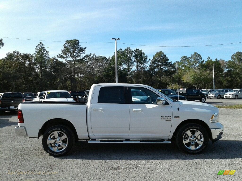 2019 1500 Classic Big Horn Crew Cab 4x4 - Bright White / Black/Diesel Gray photo #6