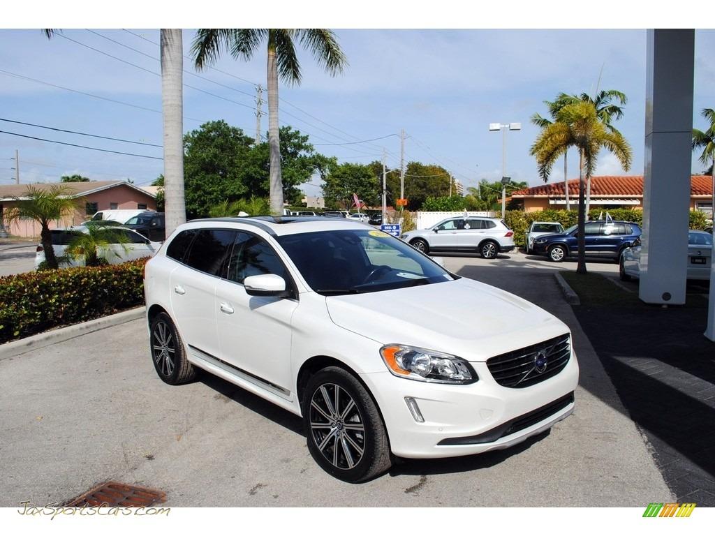 2016 XC60 T5 Drive-E - Crystal White Pearl / Hazel Brown/Off-Black photo #1