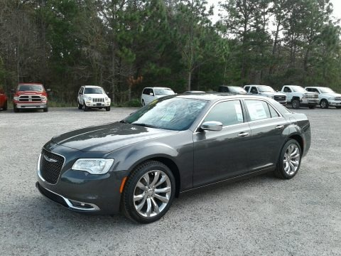 Granite Crystal Metallic 2019 Chrysler 300 Limited