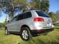 Volkswagen Touareg V6 Reflex Silver Metallic photo #5