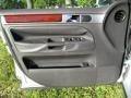 Volkswagen Touareg V6 Reflex Silver Metallic photo #39