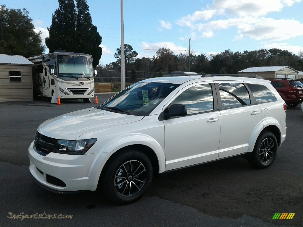 White Noise Tri-Coat / Black Dodge Journey SE