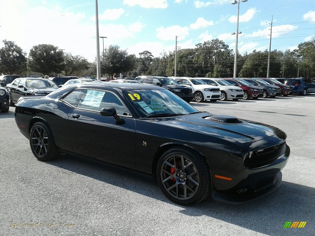 2019 Challenger R/T Scat Pack Shaker - Pitch Black / Black photo #7