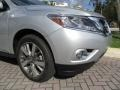 Nissan Pathfinder Platinum Brilliant Silver photo #72