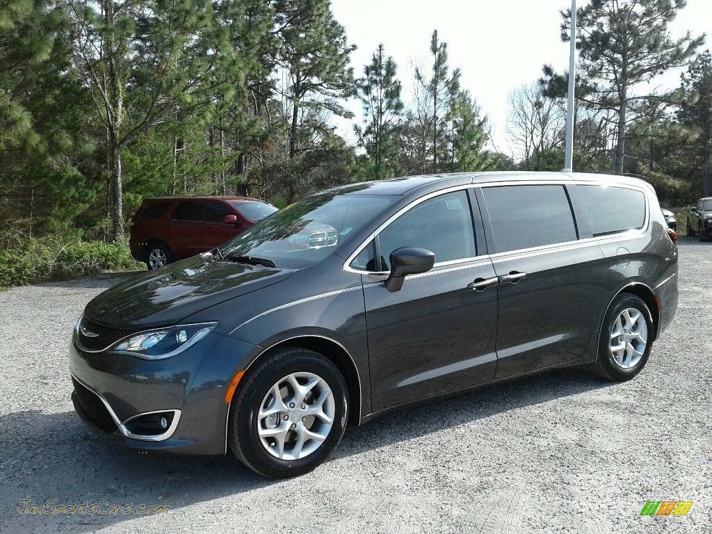 Granite Crystal Metallic / Black/Alloy Chrysler Pacifica Touring Plus