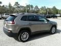 Jeep Cherokee Latitude Light Brownstone Pearl photo #5