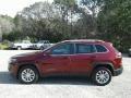 Jeep Cherokee Latitude Velvet Red Pearl photo #2