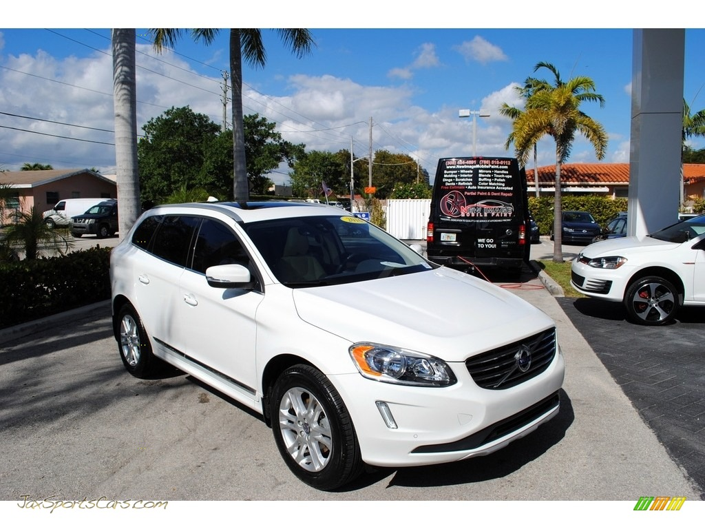 2016 XC60 T5 Drive-E - Ice White / Beige photo #1