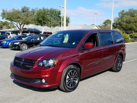 Octane Red Pearl 2018 Dodge Grand Caravan SE