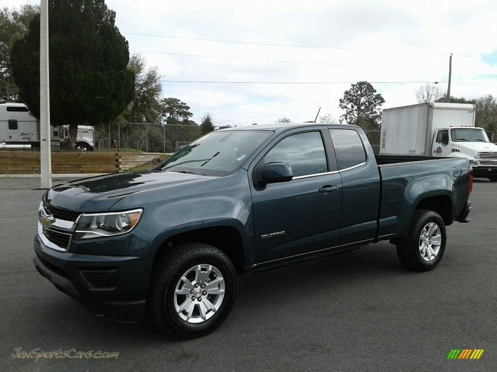 2019 Colorado LT Extended Cab - Shadow Gray Metallic / Jet Black/Dark Ash photo #1