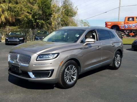 Iced Mocha 2019 Lincoln Nautilus Select