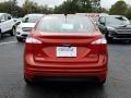 Ford Fiesta SE Sedan Hot Pepper Red photo #4