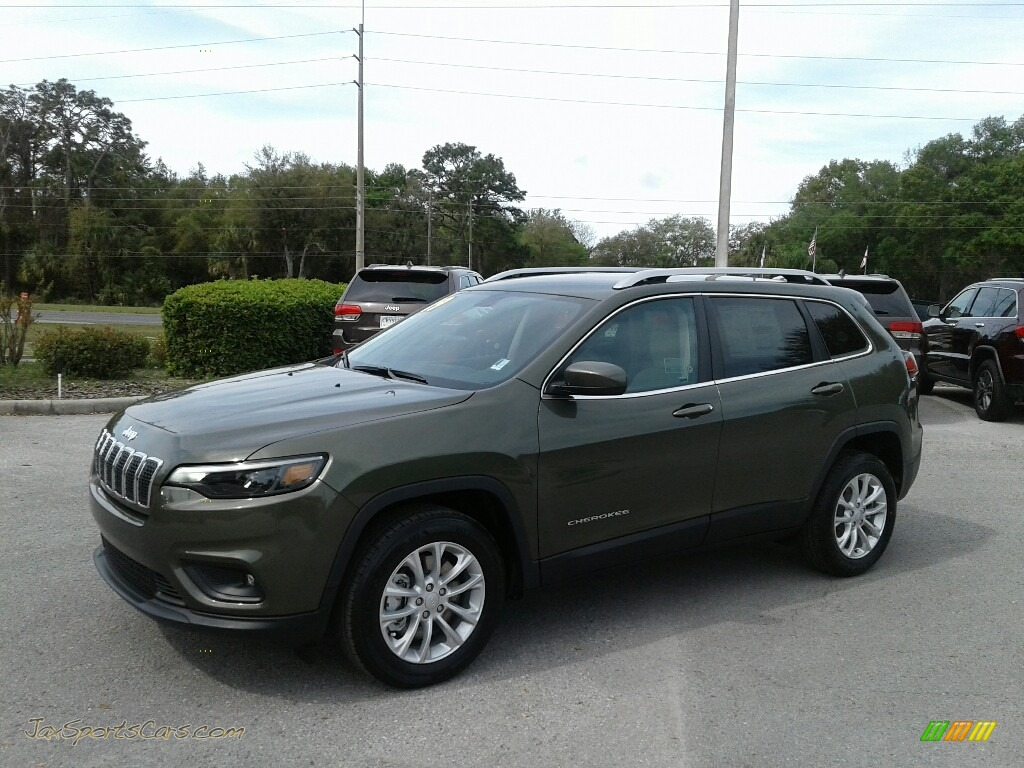2019 Cherokee Latitude - Olive Green Pearl / Black/Light Frost Beige photo #1