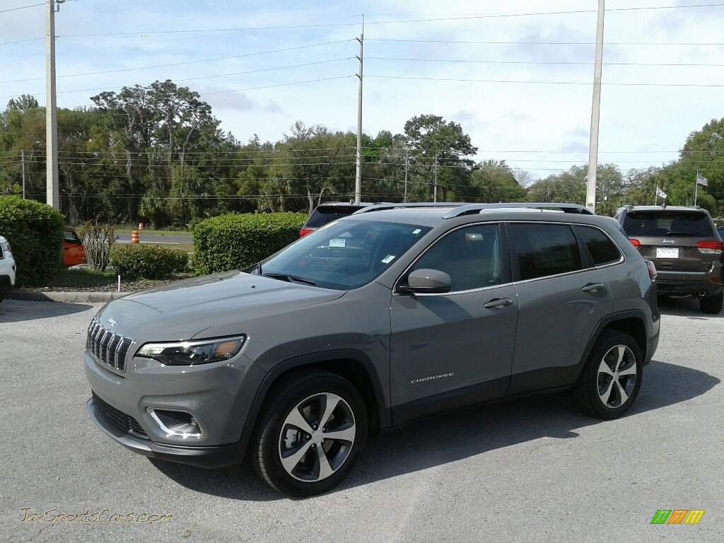 2019 Cherokee Limited - Sting-Gray / Black photo #1