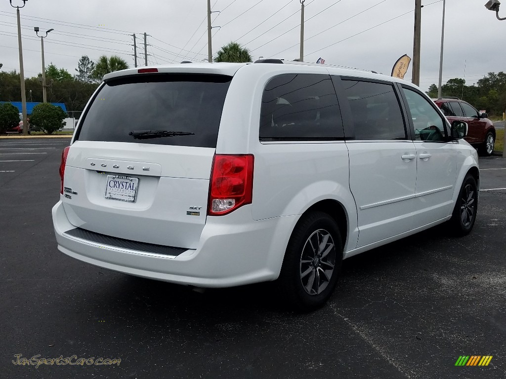 2017 Grand Caravan SXT - White Knuckle / Black/Light Graystone photo #5
