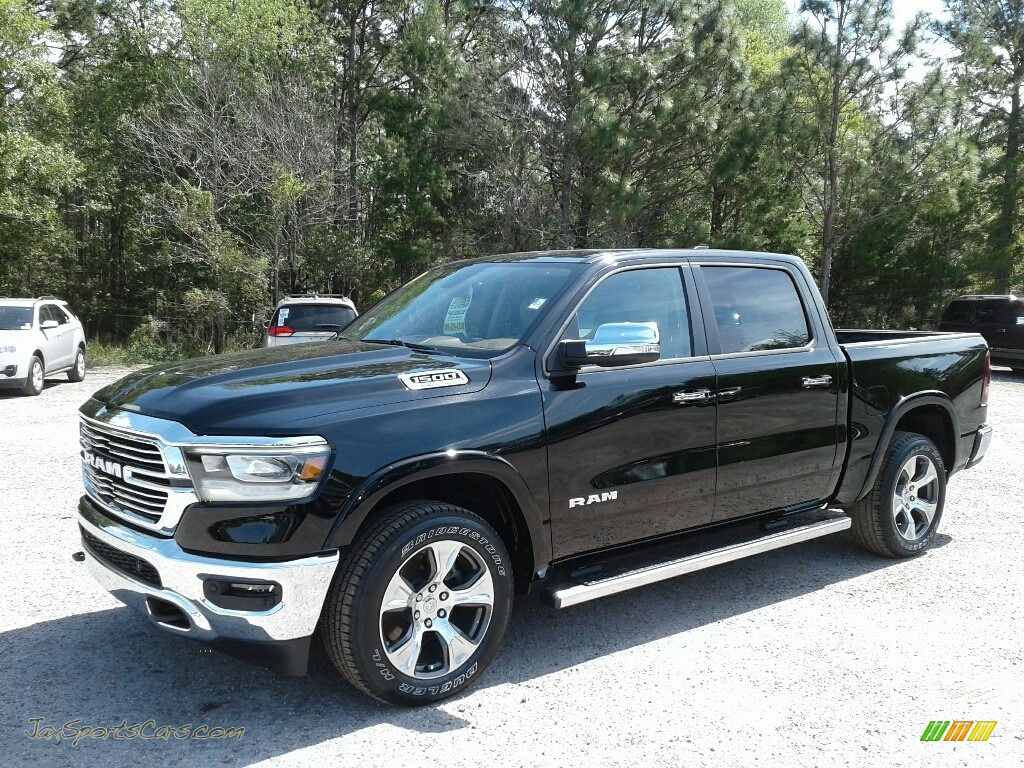 2019 1500 Laramie Crew Cab 4x4 - Diamond Black Crystal Pearl / Mountain Brown/Light Frost Beige photo #1
