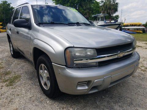 Dark Gray Metallic 2004 Chevrolet TrailBlazer LS