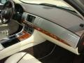 Jaguar XF 3.0 Cashmere Metallic photo #23