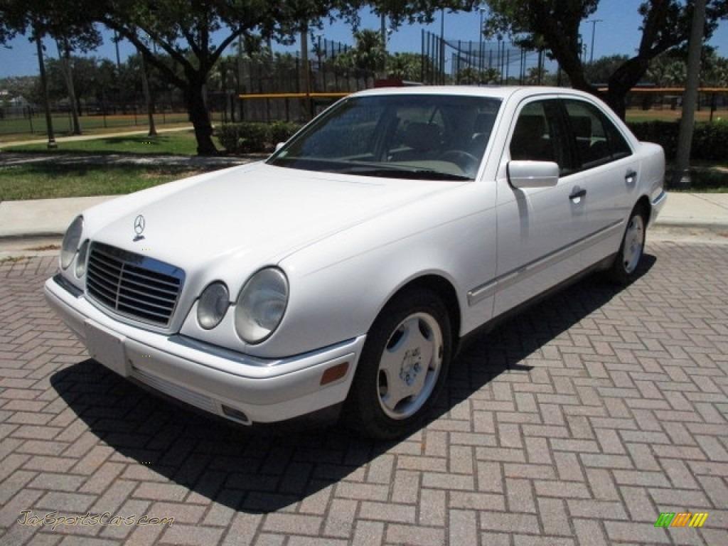 1997 E 420 Sedan - Polar White / Parchment photo #1