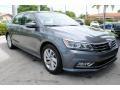 Volkswagen Passat SE Platinum Gray Metallic photo #2