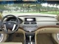 Honda Accord EX Sedan Taffeta White photo #4