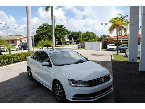 Pure White 2017 Volkswagen Jetta SE