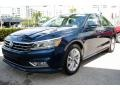 Volkswagen Passat SE Tourmaline Blue Metallic photo #5