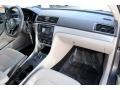 Volkswagen Passat S Platinum Gray Metallic photo #16
