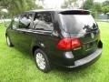 Volkswagen Routan SE Nocturne Black Metallic photo #9