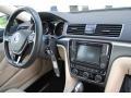 Volkswagen Passat R-Line Deep Black Pearl photo #18