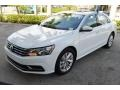 Volkswagen Passat SE Pure White photo #4