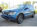Volkswagen Tiguan SE Stone Blue Metallic photo #5